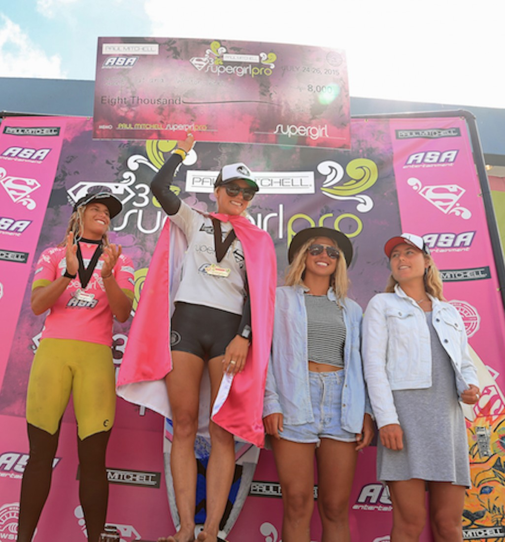 2015 Supergirl Podium credit Steinmetz for ASA Ent (1)