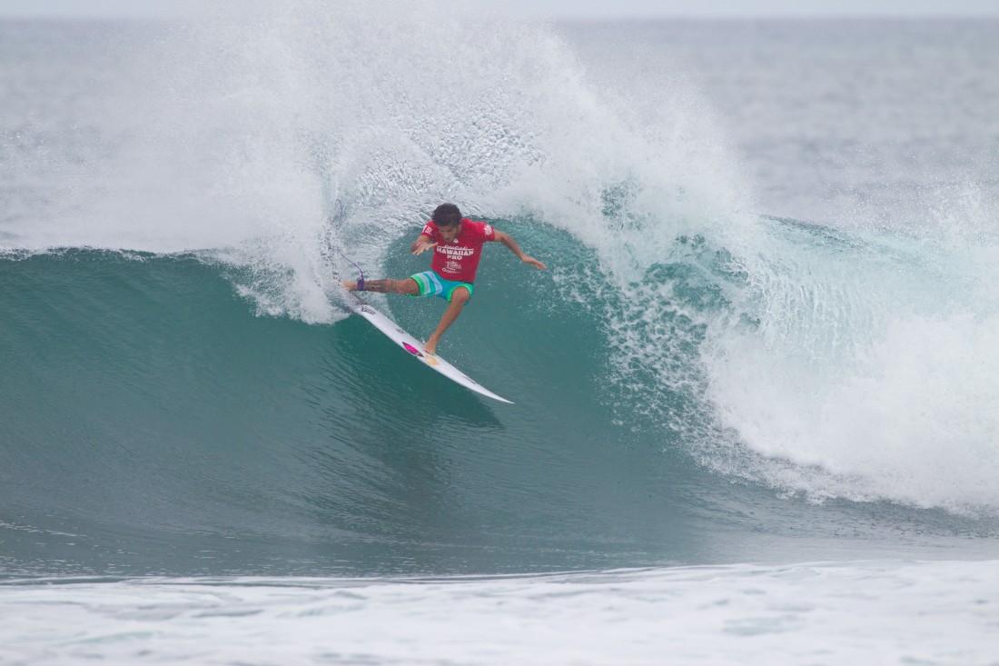 Filipe Toledo (BRA) .Hawaiian Pro 2015