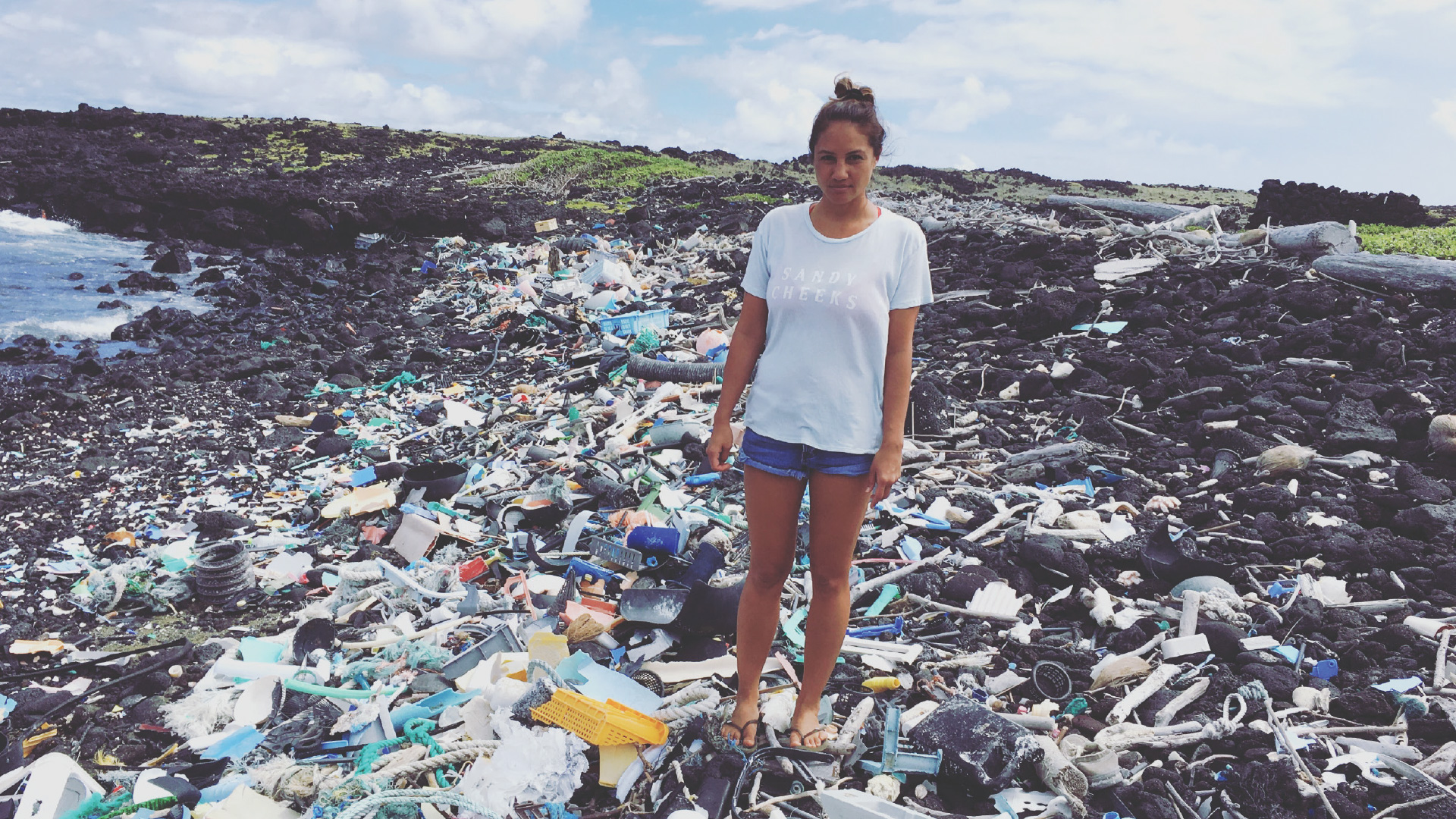 This Is Away How You Can Help Clean Up Hawaii S Most Polluted Beaches Freesurf Magazine